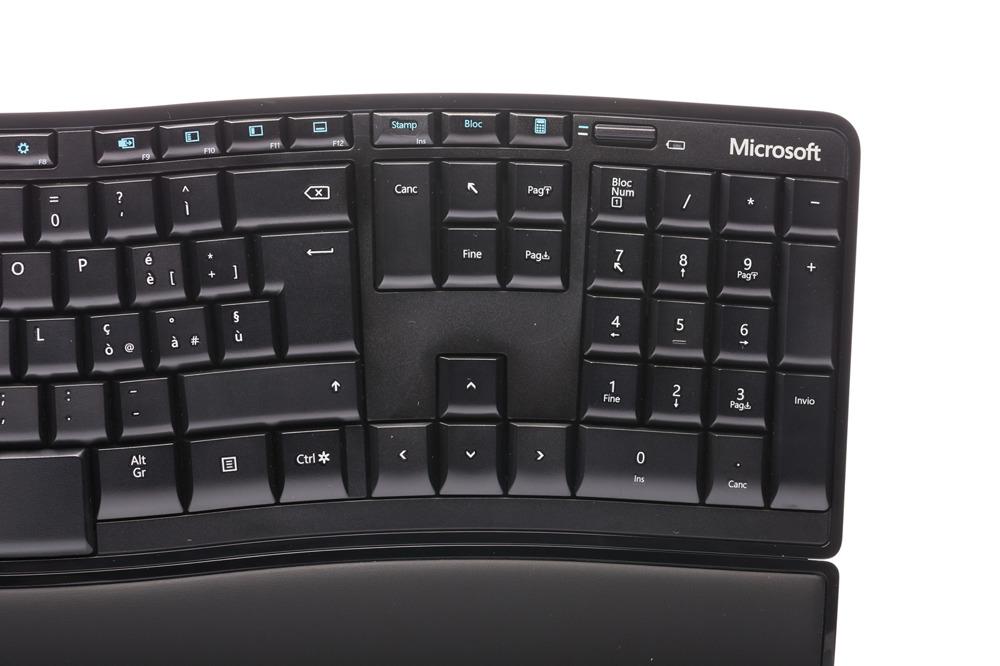 Microsoft Sculpt Comfort Keyboard (Portuguesse)